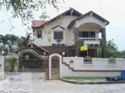 2 storey house for sale Jomtien Beach 3 bedrooms 3 bathrooms 312 sqm land 7,900,000 Baht