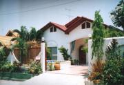 House for rent South Pattaya 3 bedrooms 2 bathrooms  1 storey 35,000 Baht per month