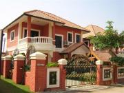 2 storey house for sale South Pattaya 3 bedrooms 2 bathrooms 200 sqm land 2,990,000 Baht